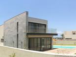 Location: Caesarea Total floor area: 298 sqm Total site area: 640 sqm Program: Single family house Design & built: 2011-2014