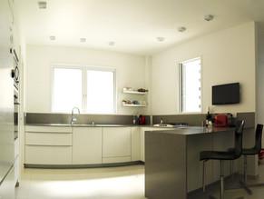 Location: Givataim Total floor area: 145 sqm Program: Single family apartment Design & built: 2010-2011
