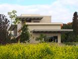 Location: Ramat Menashe Total floor area: 240 sqm Total site area: 340 sqm Program: Single family house Design & built: 2008-2011