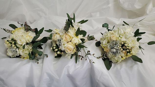 Flowers-White Roses.jpg