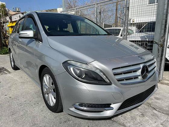 Mercedes B180, 2014