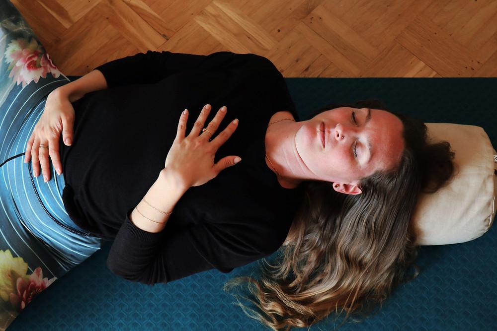 Digital kurs - Yin & Nidra Yoga för vila och återhämtning