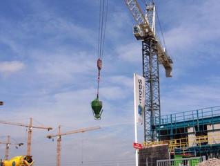Een derde minder faillissementen bouw door woningmarkt