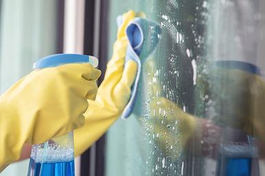 Hero Spoor cleaning.jpg
