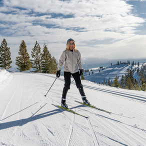 Laura Loves to ski and Supports TDXC