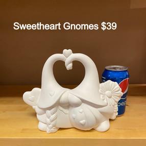 sweet heart gnomes