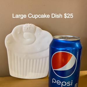 large cupcake dish