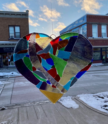 glass heart hanging.jpg