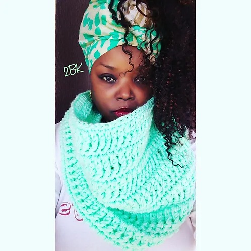 Material Girl Cowl Pattern
