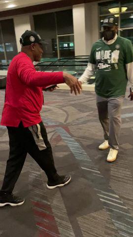 Baylor Asst. Coach Alvin Brooks III Will Face Dad, Houston Asst. Coach Alvin Jr., in Final Four
