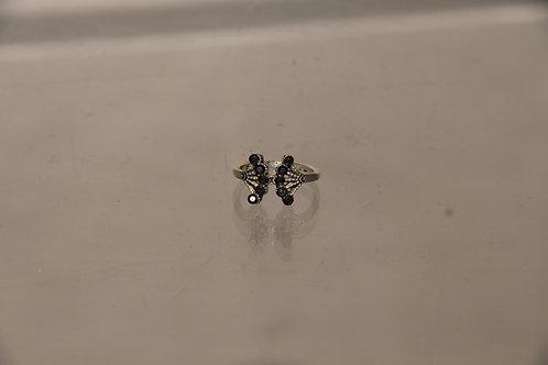 Black Crystal Ring