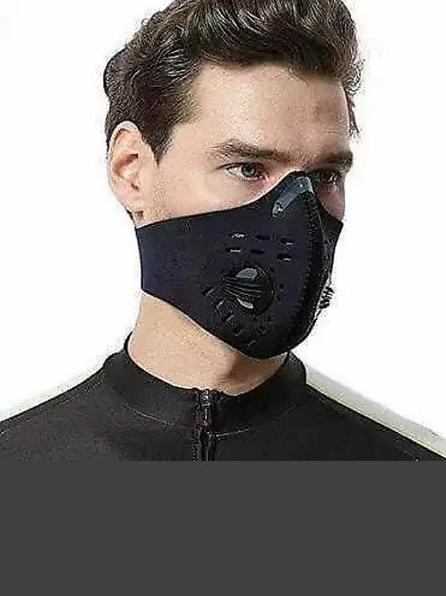 Carbon filter face mask with filters