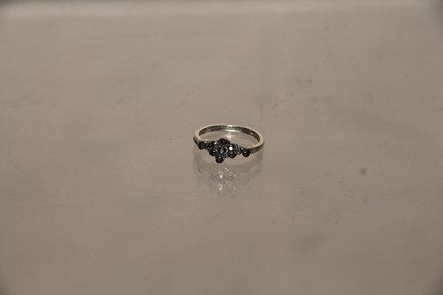 Mini Flower Ring