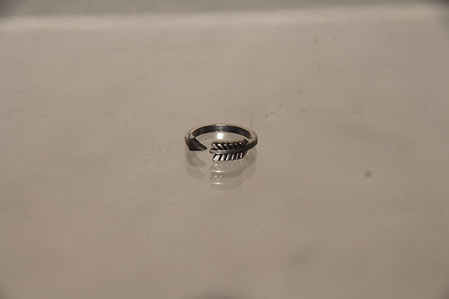 Small Arrow Ring