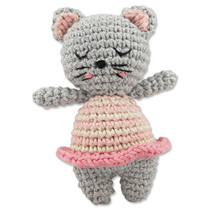 Ava & Yves Häkelrassel Katze rosa/grau  Material:100% Bio-Baumwolle Füllung: 100% Polyester  AR Nr. 7038