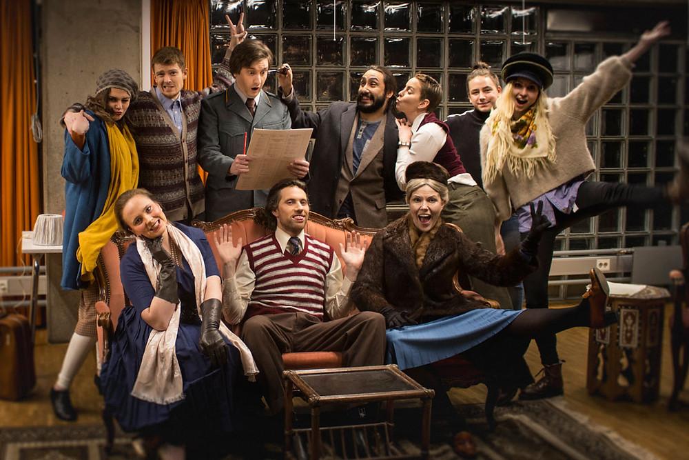 Bilde av ensemblet til Mousetrap av Agatha Christie. Chateau Neuf 2019