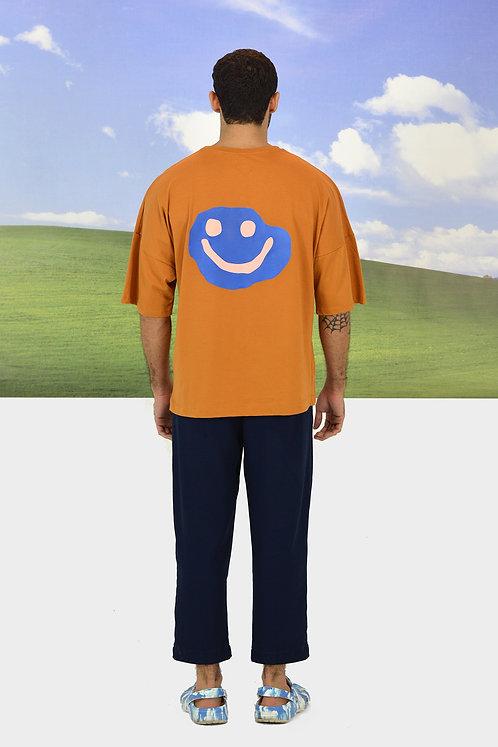 Camiseta Feliz irregular