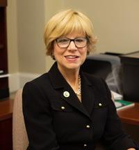 Holly Perlowitz