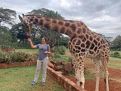 Audie Feeds Giraff.jpeg