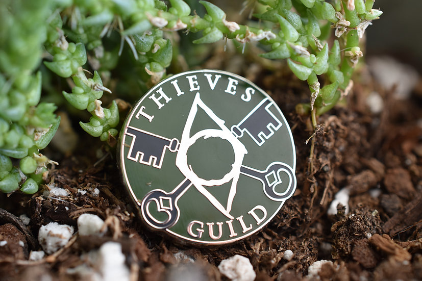 Thieve's Guild Enamel Pin