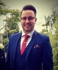 Meet the Singers: Aaron Sands