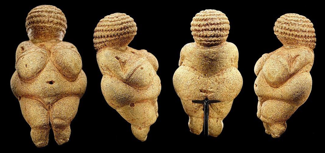 F7 Venus of Willendorf By Bjørn Christian Tørrissen
