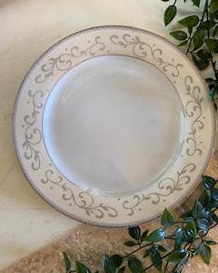 Blush Gold Head Table Plate