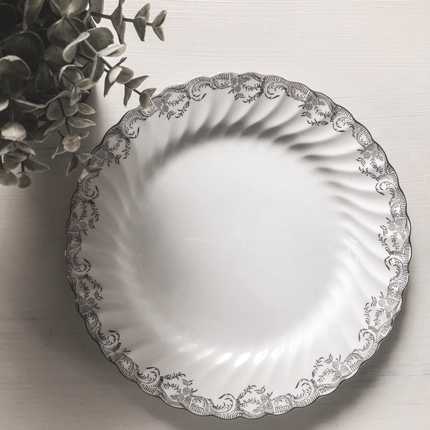 Head Table Plates ~ Silver (Set of 10)