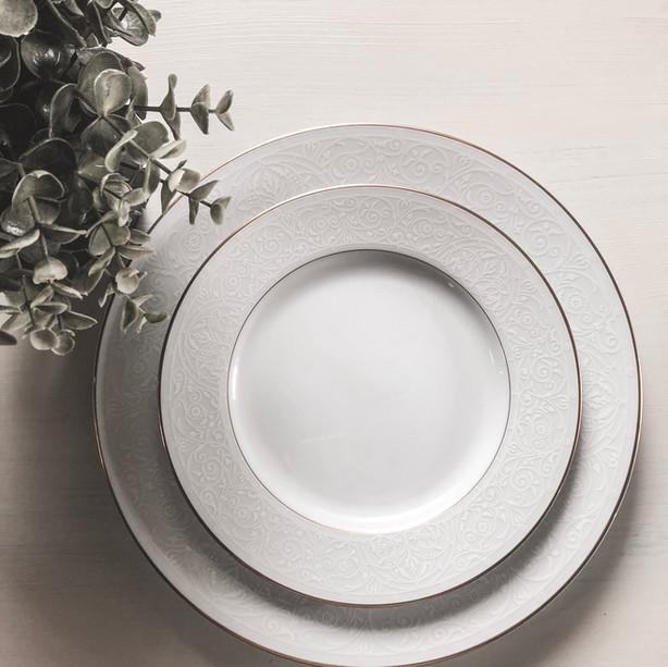 Head Table Plates ~ (Set of 12)