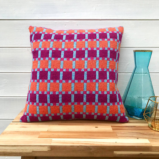 Chromatic Collective Cushion Tropical