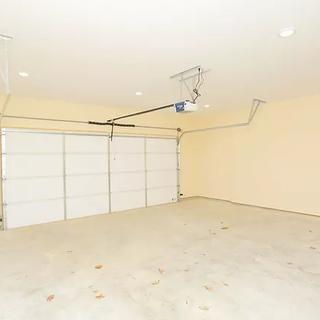 garage (1).webp