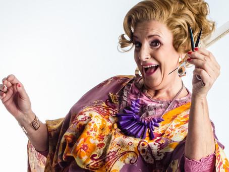"""De hitmusical van 2021 """"Legally Blonde"""" krijgt versterking van Loes Van den Heuvel"""