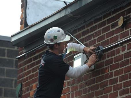 Opinion: Citizens want union electricians for government construction