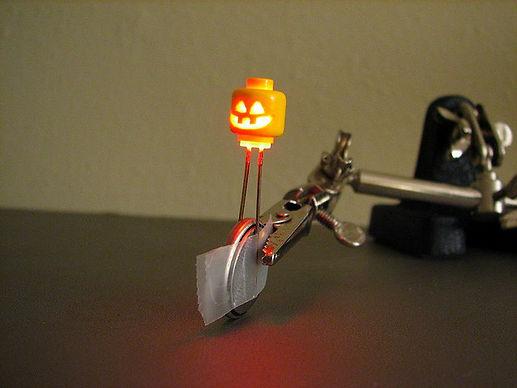 Halloween dec 7.jpg