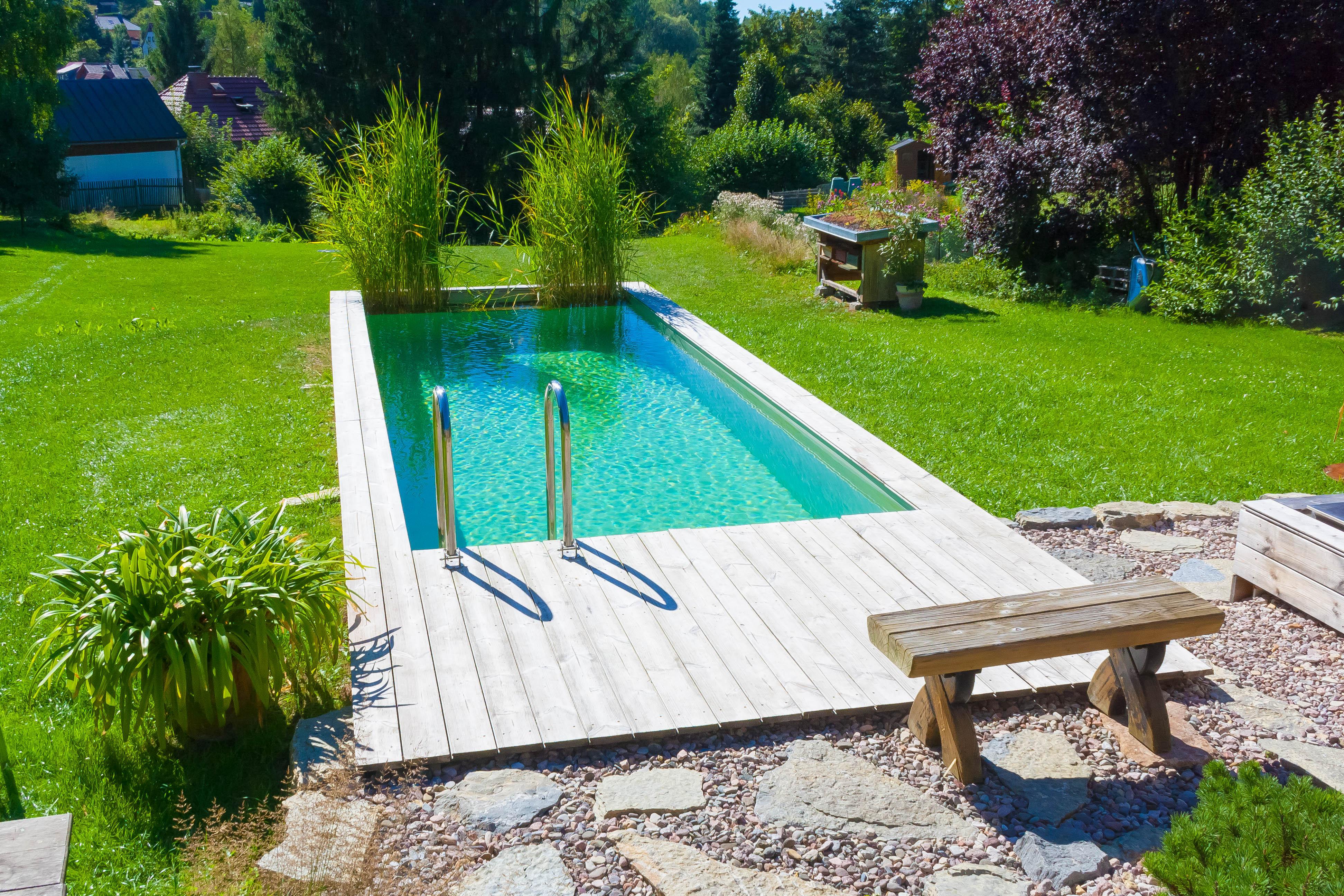 Bilder industriell gefertigter aquant badeteiche for Gartengestaltung mit pool