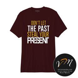 Maroon t-shirt online