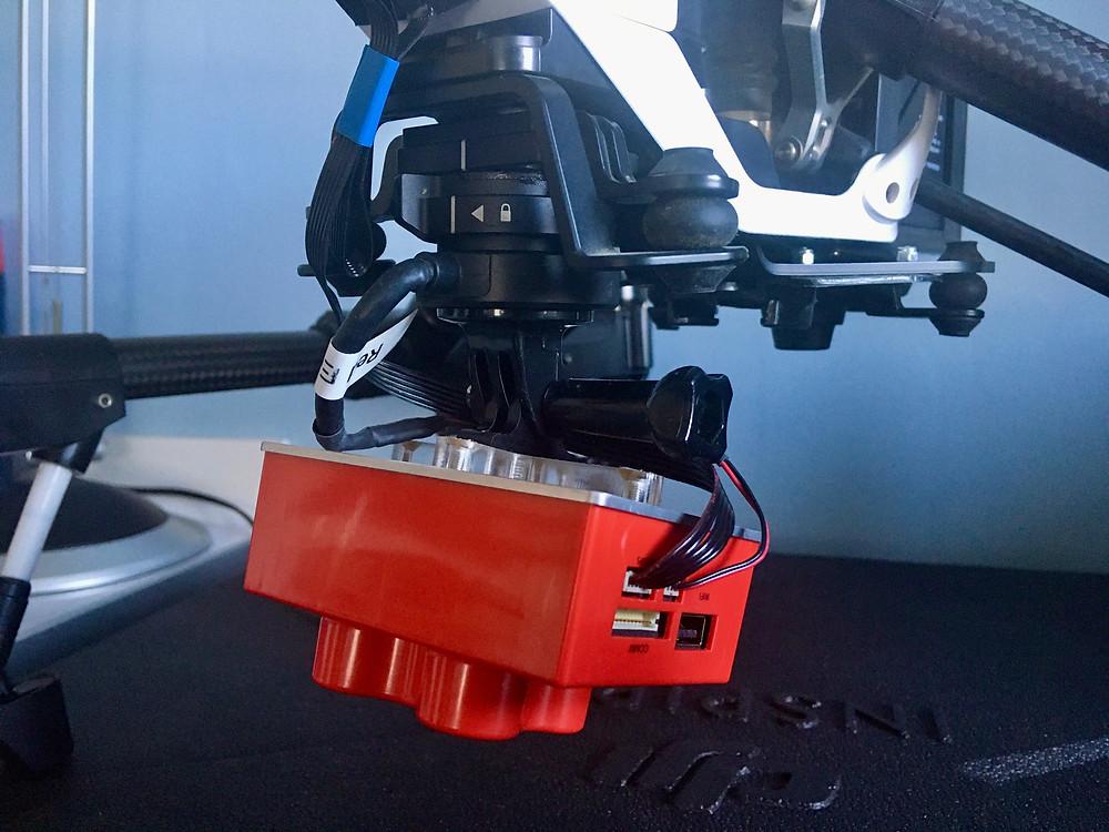 Drone DJI Inspire 1 v2 équipé de la camera multispectrale Micasense RedEdgeM - DCOMDRONE