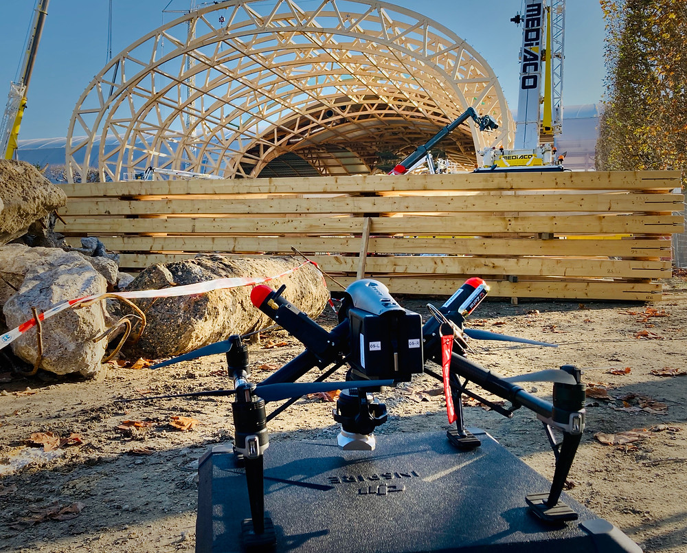 Drone DJI Inspire2 DCOMDRONE sur le Chantier du Grand Palais Éphémère à Paris