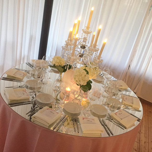 chandelier_rose_chateau_du_bois_du_roche