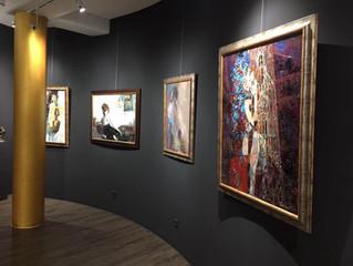 Aktuelle Werke von Vladislava Yakovenko in der Galerie fabra ars in Magdeburg im Hundertwasser Haus.