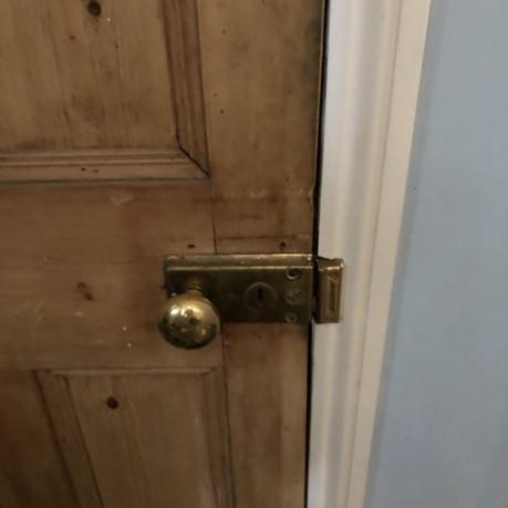 Old handle.jpg