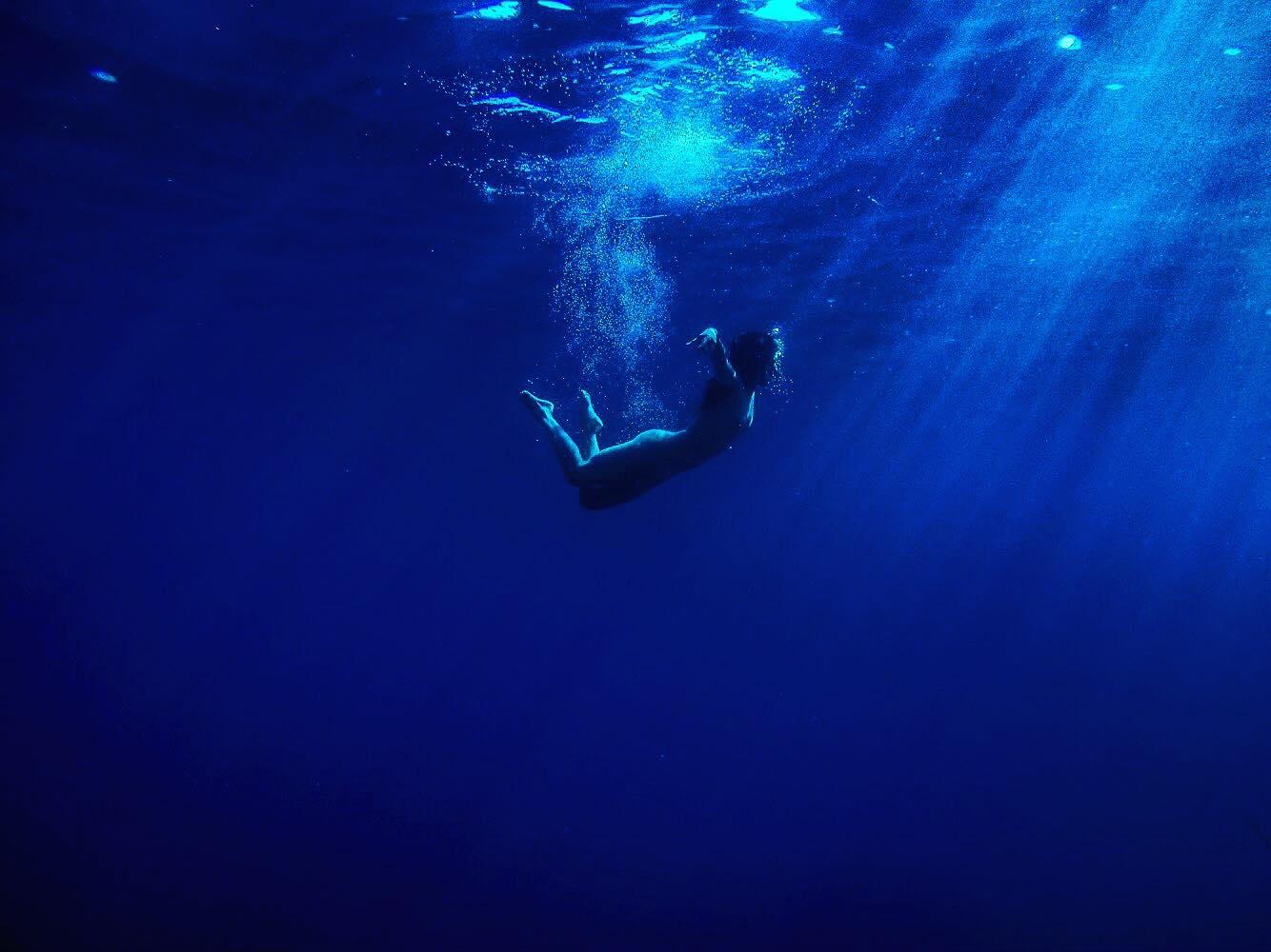 Jeanne Morel - Underwater Dance