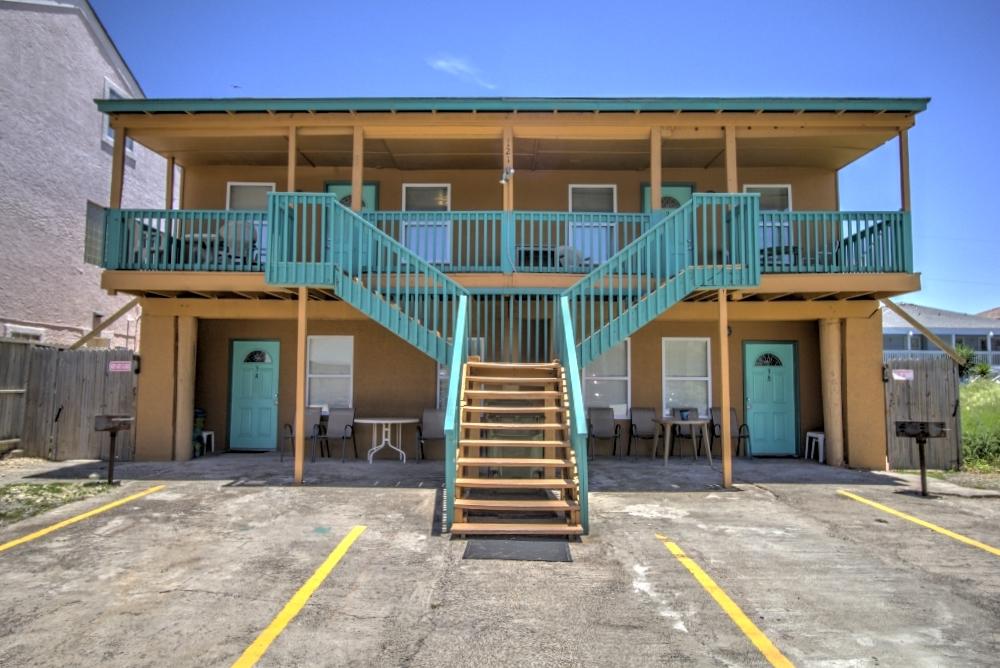 Oleander Beach Lodge
