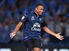 Jajá marca duas vezes, Buriram goleia e conquista Liga Tailandesa