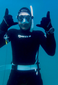 how to take underwater iphone pictures while snorkeling & diving