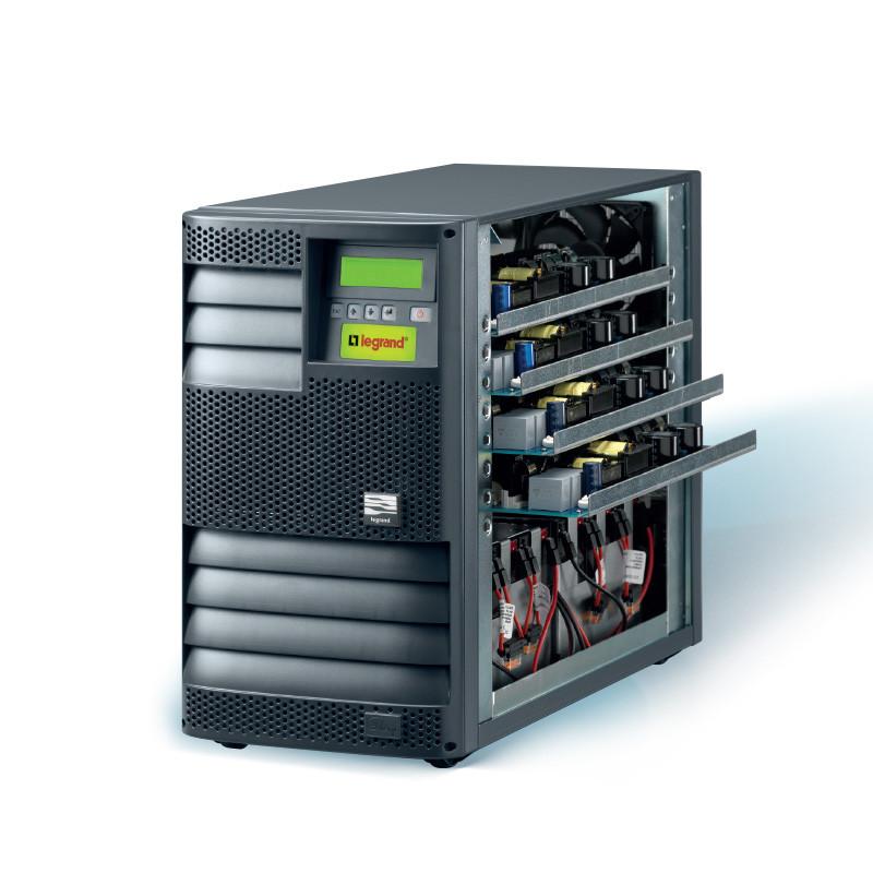 ИБП Megaline четыре силовых модуля и блоки АКБ