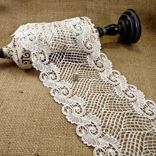 Ivory Guipure Swirl Lace MO378I