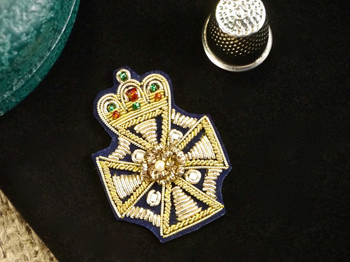 Indian Goldwork Badge Applique MA752