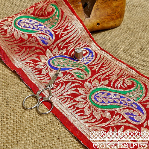 Paisley Asian Indian Jacquard Saree Trim MA624