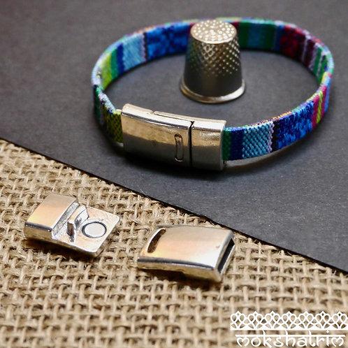 silver coloured metal flat Magnetic cord closure jewellery dog collar mokshatrim haberdashery
